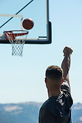 ATTENTION EDITORS -- EMBARGOED TO 0900 GMT JUNE 28, 2017<br /> Golden State Warriors NBA basketball player Stephen Curry is filmed for an Infiniti car advertisement in Blackhawk, California, U.S. June 26, 2017. Picture taken June 26, 2017. REUTERS/Kate Munsch