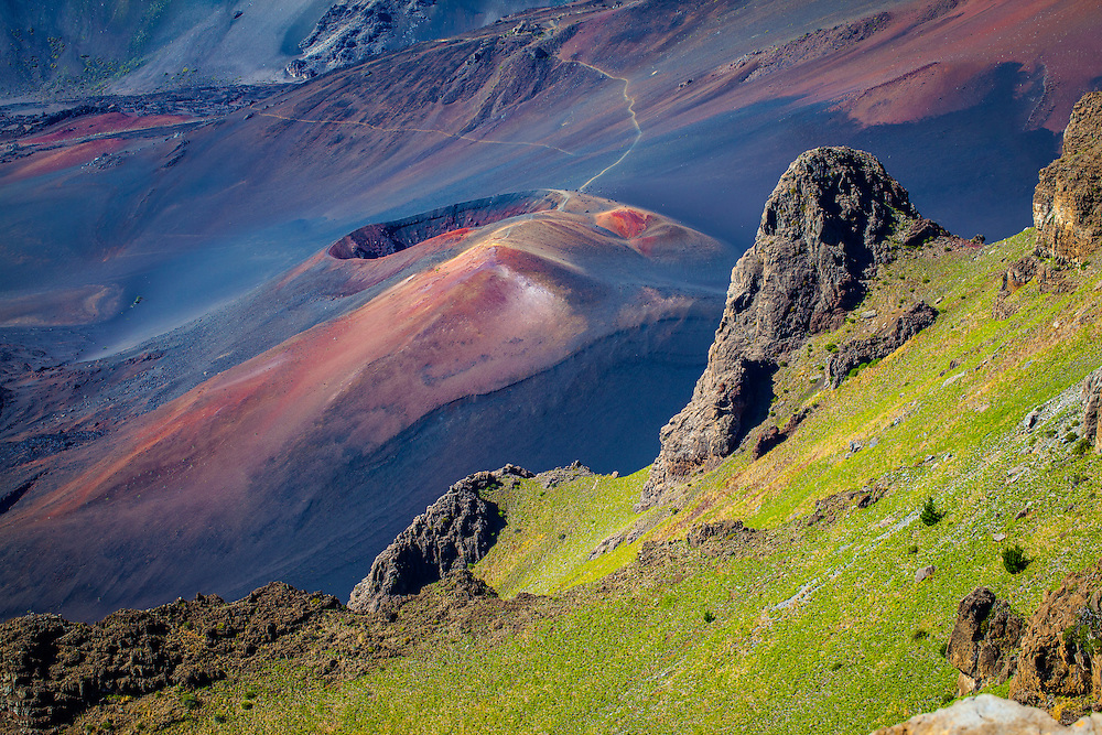 Levé du Soleil au sommet du volcan Haleakalā |Sunrize on top of Haleakalā volcano