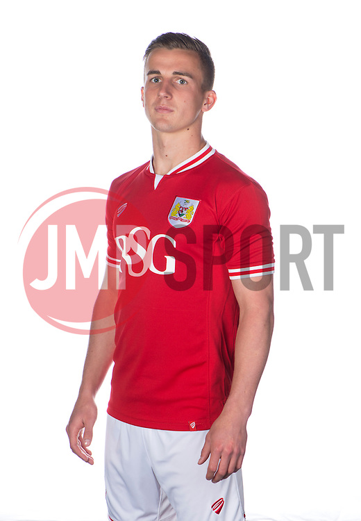 Bristol City's Joe Bryan  - Photo mandatory by-line: Joe Meredith/JMP - Mobile: 07966 386802 - 28/04/2015 - SPORT - Football - Bristol - SGS Wise Campus