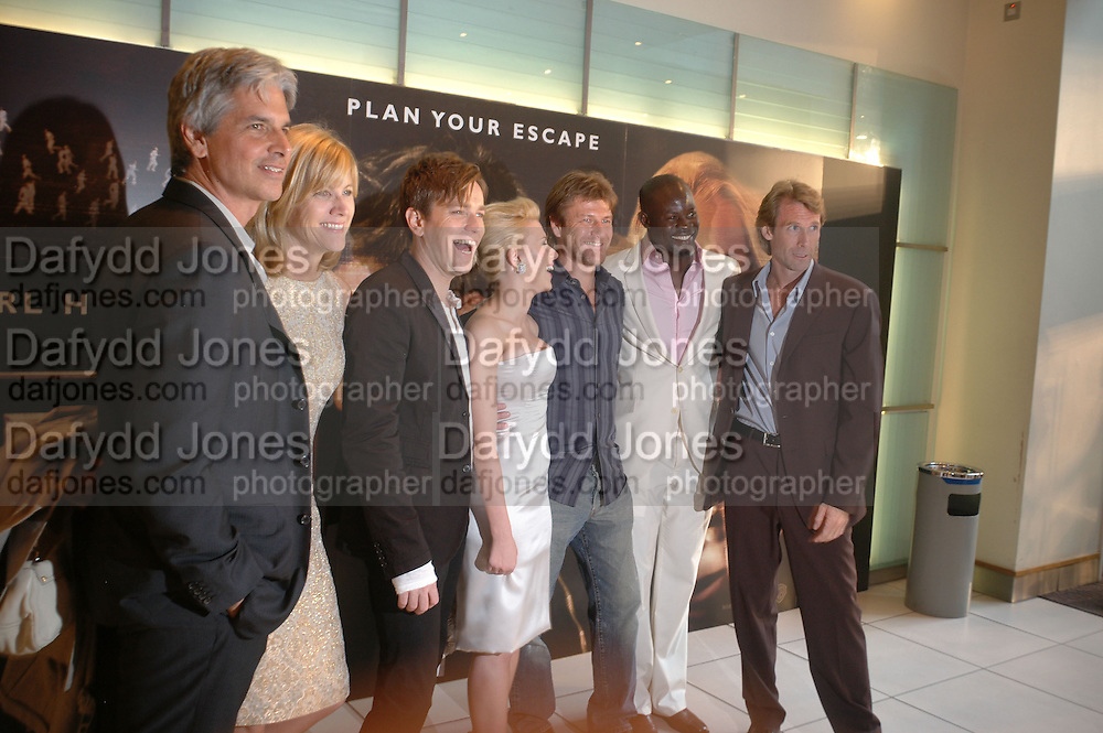 """Ewan McGregor, Scarlett Johansen, Djimon Hounsou, Sean Bean and Michael Bay, at the UK Premiere of """"The Island"""" at the Odeon Leicester Square, London. 7 August 2005. , ONE TIME USE ONLY - DO NOT ARCHIVE  © Copyright Photograph by Dafydd Jones 66 Stockwell Park Rd. London SW9 0DA Tel 020 7733 0108 www.dafjones.com"""