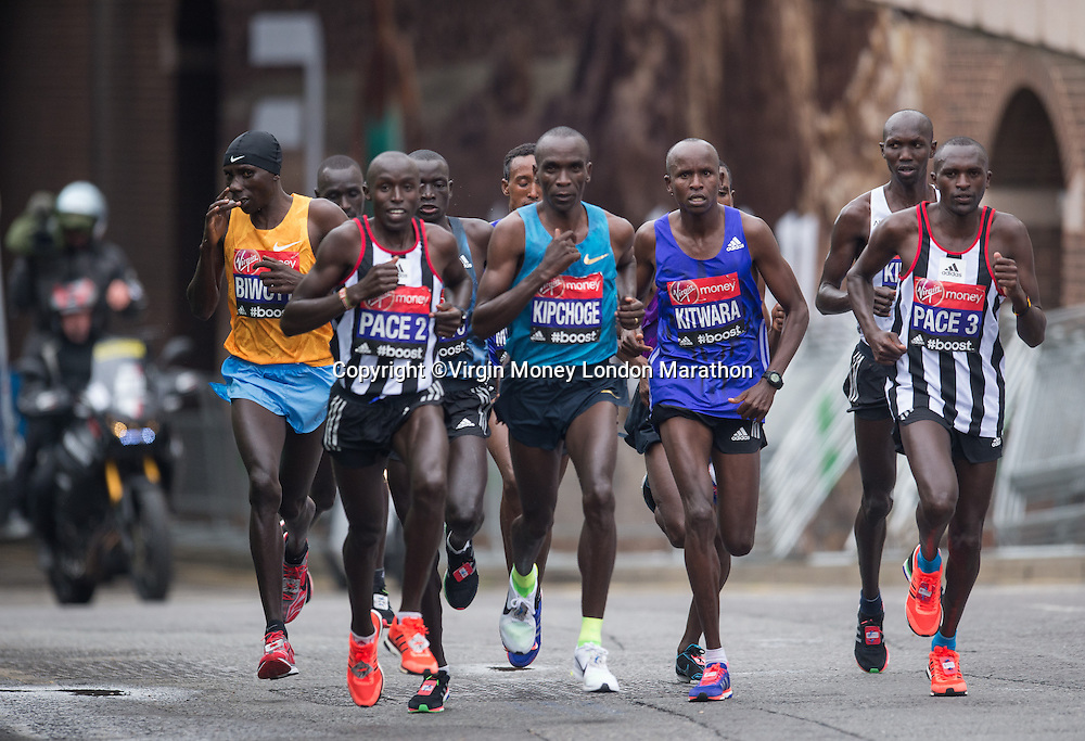 The leaders in the Elite Mens race pass through the streets of London in The Virgin Money London Marathon, Sunday 26th April 2015.<br /> <br /> John Buckle for Virgin Money London Marathon<br /> <br /> For more information please contact Penny Dain at pennyd@london-marathon.co.uk