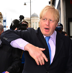 The Mayor of London Boris Johnson meets Wimbledon residents and launches a public consultation on proposed routes for Crossrail 2 rail project, Wimbledon, London, UK, 14th May, 2013. Photo by: Nils Jorgensen / i-Images