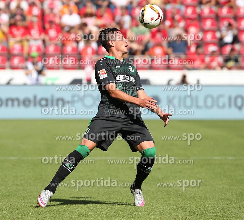 29.08.2015, Coface Arena, Mainz, GER, 1. FBL, 1. FSV Mainz 05 vs Hannover 96, 3. Runde, im Bild v.l.: Edgar Prib (H96) // during the German Bundesliga 3rd round match between 1. FSV Mainz 05 and Hannover 96 at the Coface Arena in Mainz, Germany on 2015/08/29. EXPA Pictures &copy; 2015, PhotoCredit: EXPA/ Eibner-Pressefoto/ Neurohr<br /> <br /> *****ATTENTION - OUT of GER*****