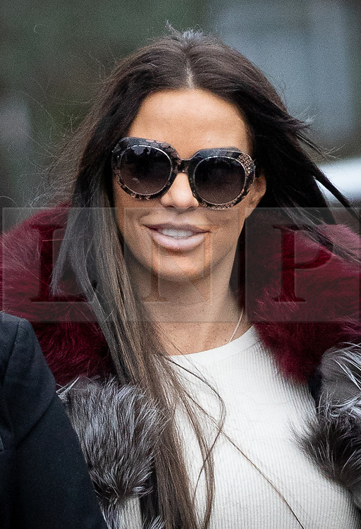 © Licensed to London News Pictures. 07/01/2019. London, UK. Former glamour model Katie Price arrives at Bromley Magistrates Court after being charged with drink driving. Her pink Range Rover was found crashed in a bush on 10 October 2018. Photo credit : Tom Nicholson/LNP