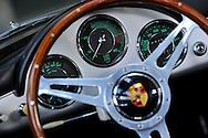 10/08/13 - MARINGUES - PUY DE DOME - FRANCE - Essais PORSCHE Speedster 1600S de 1957 - Photo Jerome CHABANNE