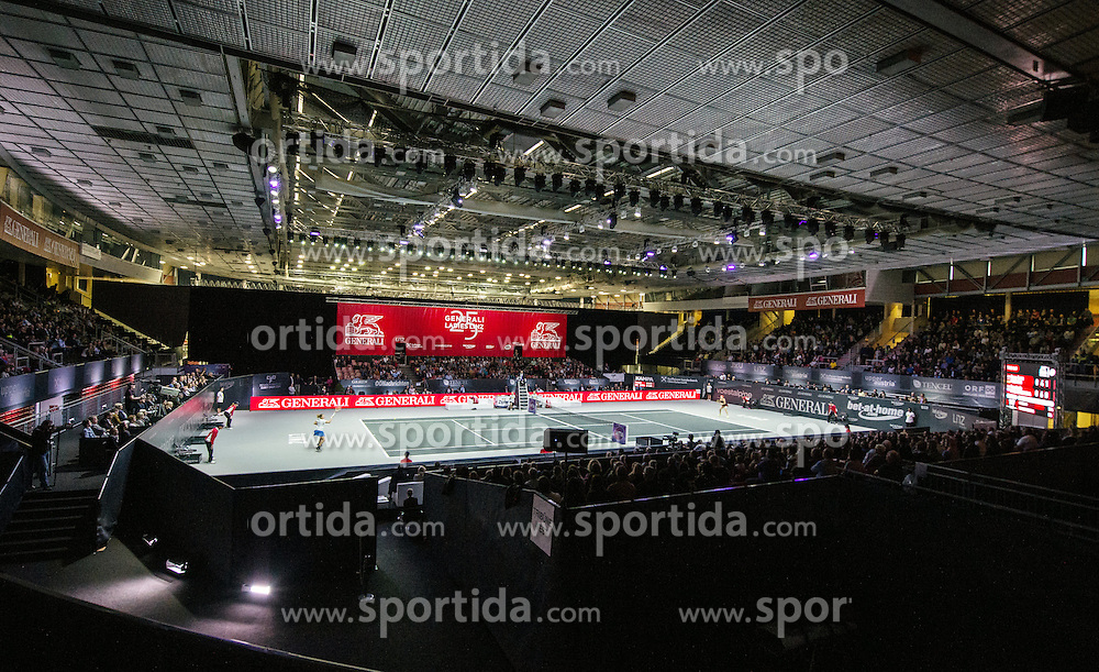 18.10.2015, TipsArena, Linz, AUT, WTA Tour, Generali Ladies Linz, Finale, im Bild Hallenübersicht // Overview during Generali Ladies Linz, WTA Tournament Final Match at the TipsArena in Linz, Austria on 2015/10/18. EXPA Pictures © 2015, PhotoCredit: EXPA/ Reinhard Eisenbauer