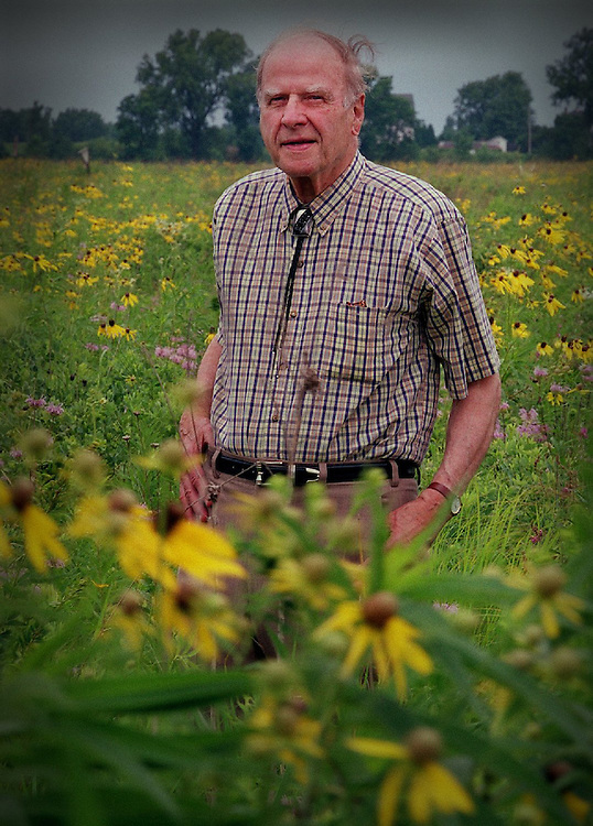 WATER, NEW, TOM LYNN, 1 of many.-Former govenor/senator Gaylord Nelson stands in a prarie of blooming wildflowers at Govenor Nelson State Park Monday July 23, 2001. Nelson was interviewed about the condition of water 30 years after the clean water act was started.