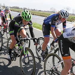 16-04-2016: Wielrennen: IJsseldelta Topcompetitie vrouwen: Zwolle<br />ZWOLLE (NED) wielrennen <br />Wind was in deze editie de grootste tegenstanders van de vrouwen. In de kopgroep zat Floortje Mackay mee