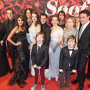 NLD/Amsterdam/20131202 - Premiere Soof, cast foto, groepsfoto