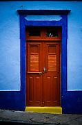 America, Sud America, Brasil, Pernambuco, Olinda.  Olinda street, Pernambuco. -24.05.2002, FILM PHOTO, 60 MB, copyright: Alex Espinosa/Gruppe28.
