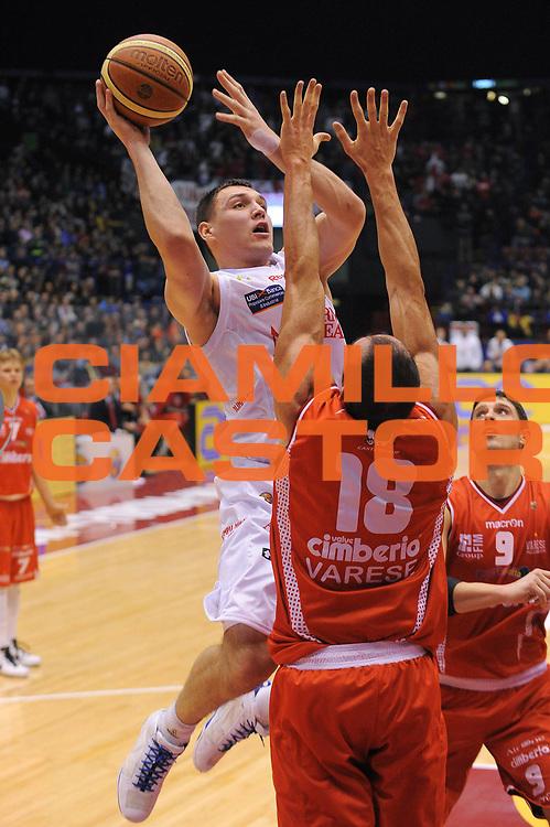 DESCRIZIONE : Milano Lega A 2010-11 Armani Jeans Milano Cimberio Varese<br /> GIOCATORE : Jonas Maciulis<br /> SQUADRA : Armani Jeans Milano<br /> EVENTO : Campionato Lega A 2010-2011<br /> GARA : Armani Jeans Milano Cimberio Varese<br /> DATA : 29/12/2010<br /> CATEGORIA : Tiro Penetrazione<br /> SPORT : Pallacanestro<br /> AUTORE : Agenzia Ciamillo-Castoria/A.Dealberto<br /> Galleria : Lega Basket A 2010-2011<br /> Fotonotizia : Milano Lega A 2010-11Armani Jeans Milano Cimberio Varese<br /> Predefinita :