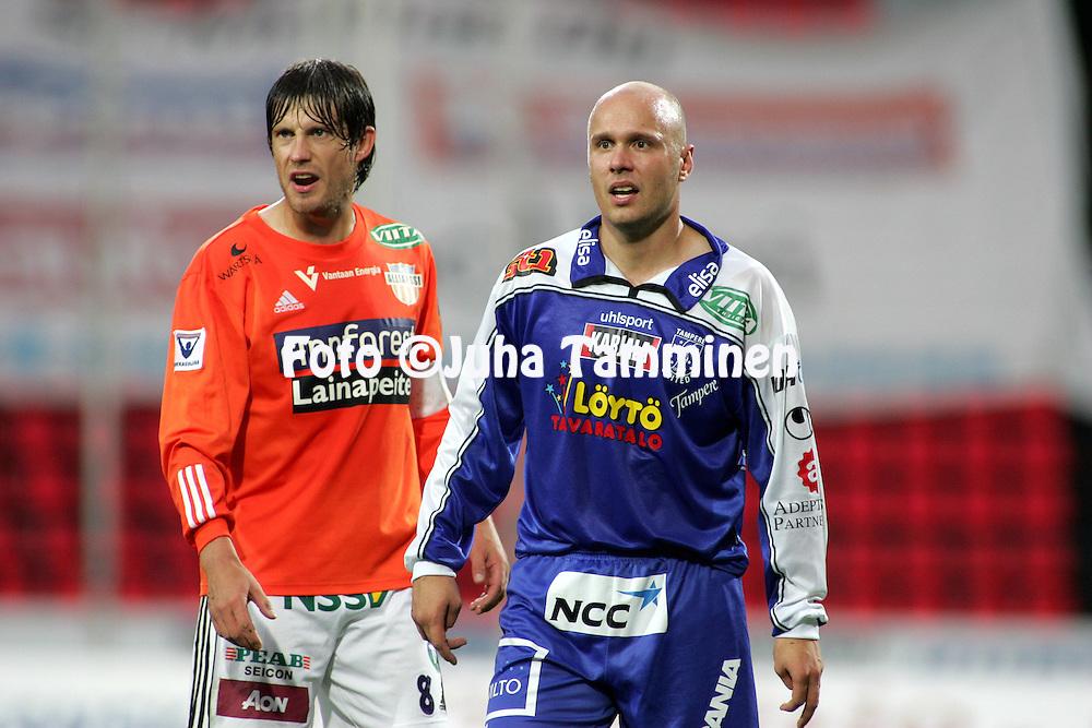 29.08.2005, Ratina, Tampere, Finland..Veikkausliiga 2005 / Finnish League 2005.Tampere United v AC Allianssi.Ville Lehtinen (TamU) v Timo Marjamaa (ACA).©Juha Tamminen.....ARK:k