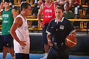 DESCRIZIONE : Bormio Raduno Collegiale Nazionale Maschile Allenamento <br /> GIOCATORE : Massimo Bulleri Carlo Recalcati <br /> SQUADRA : Nazionale Italia Uomini <br /> EVENTO : Raduno Collegiale Nazionale Maschile <br /> GARA : <br /> DATA : 22/07/2008 <br /> CATEGORIA : Ritratto <br /> SPORT : Pallacanestro <br /> AUTORE : Agenzia Ciamillo-Castoria/S.Silvestri <br /> Galleria : Fip Nazionali 2008 <br /> Fotonotizia : Bormio Raduno Collegiale Nazionale Maschile Allenamento <br /> Predefinita :