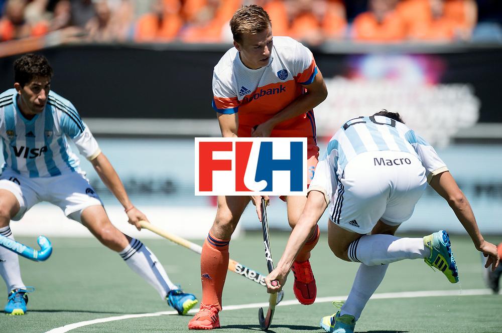 BREDA - Rabobank Hockey Champions Trophy<br /> 3rd/4th place The Netherlands - Argentina<br /> Photo: Thijs van Dam.<br /> COPYRIGHT WORLDSPORTPICS FRANK UIJLENBROEK