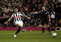 Photo: Mark Stephenson/Sportsbeat Images.<br /> West Bromwich Albion v Scunthorpe United. Coca Cola Championship. 29/12/2007.West Brom's Kevin Phillips has his  penalty saved