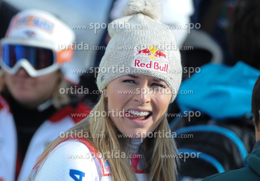 18.01.2015, Olympia delle Tofane, Cortina d Ampezzo, ITA, FIS Weltcup Ski Alpin, Abfahrt, Damen, im Bild Lindsey Vonn (USA, 1. Platz) // 1st placed Lindsey Vonn of the USA reacts after the ladie's Downhill of the Cortina FIS Ski Alpine World Cup at the Olympia delle Tofane course in Cortina d Ampezzo, Italy on 2015/01/18. EXPA Pictures © 2015, PhotoCredit: EXPA/ Erich Spiess
