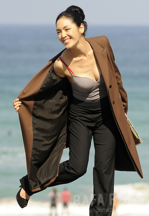 "South Korean actress Zia Kim poses during a photocall, on September 26, 2008, after the screening of Korean director Kim Ki-duk's film ""Bi Mong"" (Dream), in the 56th San Sebastian International Film Festival. PHOTO / RAFA RIVAS"