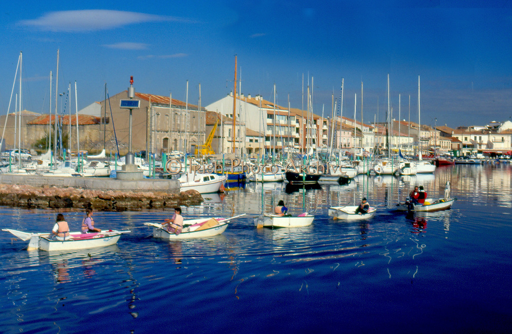 France, Languedoc and Roussillon.  Meze.  Harbour / marina.