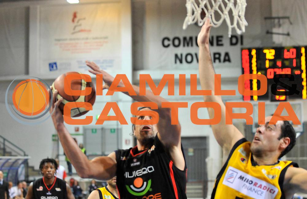 DESCRIZIONE : Novara Lega A2 2009-10 Campionato Miro Radici Fin. Vigevano - Riviera Solare Rimini<br /> GIOCATORE : German Scarone<br /> SQUADRA : Riviera Solare Rimini<br /> EVENTO : Campionato Lega A2 2009-2010<br /> GARA : Miro Radici Fin. Vigevano Riviera Solare Rimini<br /> DATA : 13/12/2009<br /> CATEGORIA : Tiro<br /> SPORT : Pallacanestro <br /> AUTORE : Agenzia Ciamillo-Castoria/D.Pescosolido