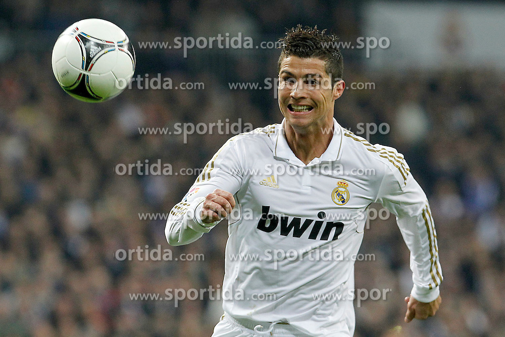 18.01.2012, Santiago Bernabeu Stadion, Madrid, ESP, Copa del Rey, Real Madrid vs FC Barcelona, im Bild Real Madrid's Cristiano Ronaldo // during Spanish King's Cup match.January 18,2011, 2012. EXPA Pictures © 2012, PhotoCredit: EXPA/ Alterphotos/  Acero..***** ATTENTION - OUT OF ESP and SUI *****