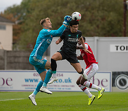 BOREHAMWOOD, ENGLAND - Saturday, September 28, 2019: Liverpool's Curtis Jones challenges of the ball with Arsenal's goalkeeper Matt Macey during the Under-23 FA Premier League 2 Division 1 match between Arsenal FC and Liverpool FC at Meadow Park. (Pic by Kunjan Malde/Propaganda)