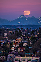 Super Worm Moon Rising above Cascade Mountains, Seattle (March 2019)