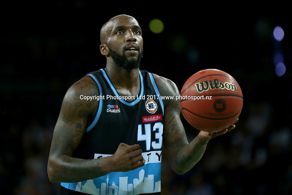 Breakers` Kevin Dillard in an ANBL Basketball Match, New Zealand Breakers v Sydney Kings, Vector Arena, Auckland, New Zealand, Friday, January 13, 2017. Copyright photo: David Rowland / www.photosport.nz