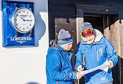 10.01.2020, Streif, Kitzbühel, AUT, FIS Weltcup Ski Alpin, Schneekontrolle durch die FIS, im Bild v.l. Thomas Voithofer (Rennstrecken Begrenzungen), Jan Überall (KSC) // f.l. Thomas Voithofer racetrack boundary and Jan Überall (KSC) during snow control by the FIS for the FIS ski alpine world cup at the Streif in Kitzbühel, Austria on 2020/01/10. EXPA Pictures © 2020, PhotoCredit: EXPA/ Stefan Adelsberger