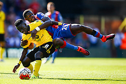 Bakary Sako of Crystal Palace runs into Idrissa Gueye of Aston Villa - Mandatory byline: Jason Brown/JMP - 07966386802 - 22/08/2015 - FOOTBALL - London - Selhurst Park - Crystal Palace v Aston Villa - Barclays Premier League