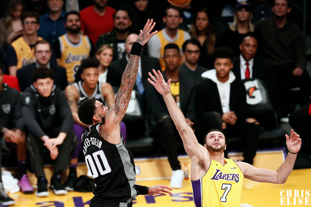 09 January 2018: Sacramento Kings center Willie Cauley-Stein (00) goes for the baby hook over Los Angeles Lakers forward Larry Nance Jr. (7) during the LA Lakers 99-86 victory over the Sacramento Kings, at the Staples Center, Los Angeles, California, USA.