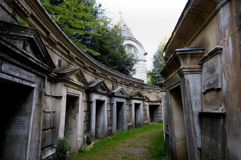 Highgate Cemetery London - Circle of Lebanon