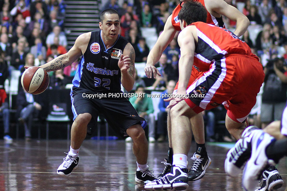 Breakers' Paul Henare in action. iinet ANBL, New Zealand Breakers vs Perth Wildcats, North Shore Events Centre, Auckland, New Zealand. Wednesday 20th October 2010. Photo: Anthony Au-Yeung / photosport.co.nz