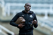 Mohamed Diame (#10) of Newcastle United arrives ahead of the Premier League match between Newcastle United and Watford at St. James's Park, Newcastle, England on 3 November 2018.