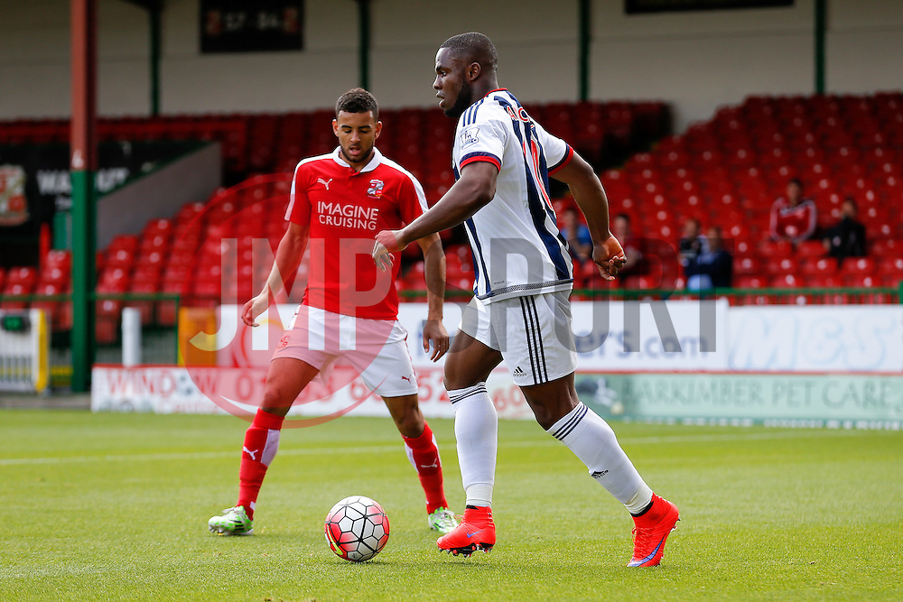 Victor Anichebe of West Brom in action - Mandatory byline: Rogan Thomson/JMP - 07966 386802 - 25/07/2015 - SPORT - Football - Swindon, England - The County Ground - Swindon Town v West Bromwich Albion - 2015/16 Pre Season Friendly.