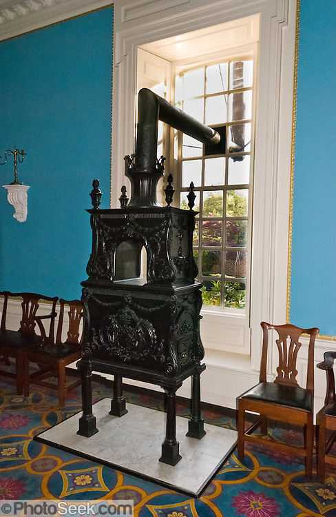 Old Black Cast Iron Stove Governors Palace Colonial