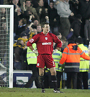 Photo: Lee Earle.<br /> Millwall v Everton. The FA Cup. 07/01/2006. Millwall keeper Andy Marshall looks dejected after Everton's equalised.