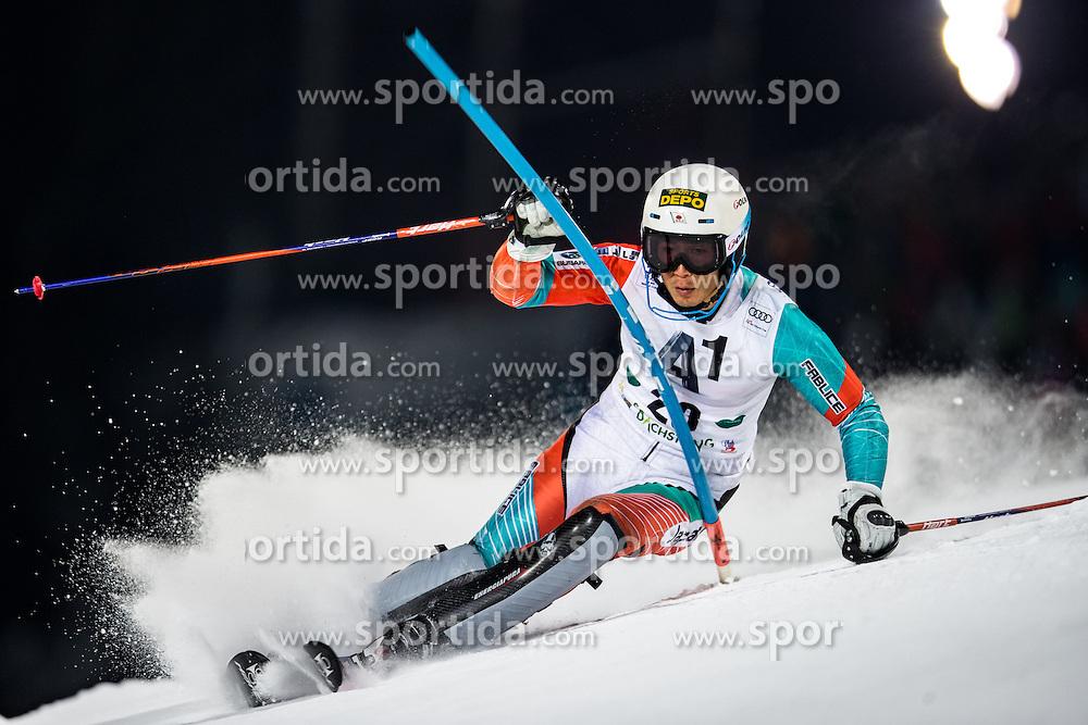 24.01.2017, Planai, Schladming, AUT, FIS Weltcup Ski Alpin, Schladming, Slalom, Herren, 1. Lauf, im Bild Naoki Yuasa (JPN) // Naoki Yuasa of Japan in action during his 1st run of men's Slalom of FIS ski alpine world cup at the Planai in Schladming, Austria on 2017/01/24. EXPA Pictures © 2017, PhotoCredit: EXPA/ Johann Groder