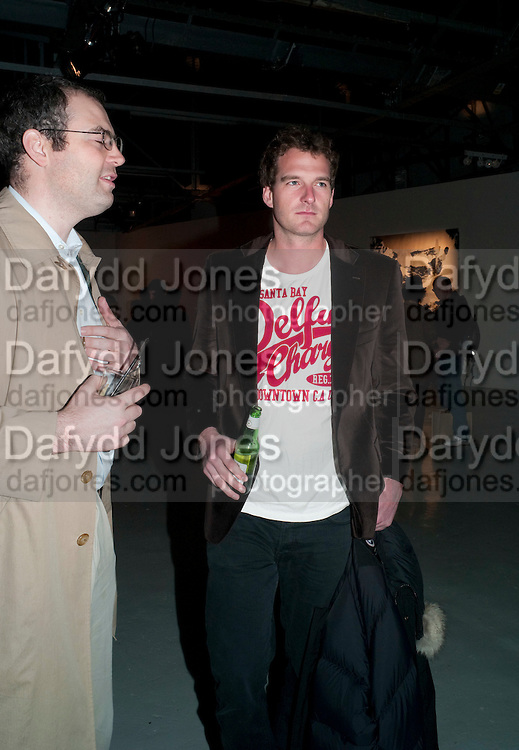 GEORGE WOODS; DAN SNOW, Fired Up, Exhibition of work by Joe Clark, Lauren Cotton, Rory McCartney, David Jones and Farid Rasulov. Gazelli Art House. Wakefield st. London. WC1. 10 February 2011. -DO NOT ARCHIVE-© Copyright Photograph by Dafydd Jones. 248 Clapham Rd. London SW9 0PZ. Tel 0207 820 0771. www.dafjones.com.