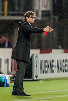 ROTTERDAM - Sparta Rotterdam - Vitesse , Voetbal , Halve Finale KNVB Beker , Seizoen 2016/2017 , Sparta stadion het Kasteel , 01-03-2017 ,  Sparta trainer Alex Pastoor coachend langs de lijn