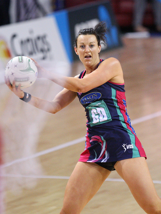Vixens Bianca Chatfield against the Steel in the ANZ Championship netball match at Invercargill Velodrome, Invercargill, New Zealand, Saturday, June 30, 2012. Credit:SNPA / Dianne Manson