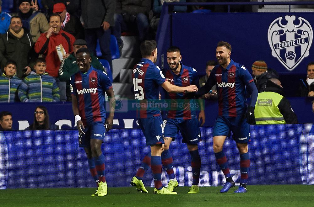 صور مباراة : ليفانتي - برشلونة 2-1 ( 10-01-2019 ) 20190110-zaa-a181-200