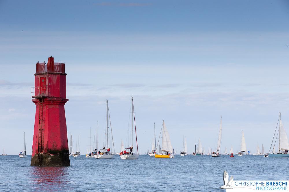 tour de ré organisé par la Société des Régates Rochelaises - 260 bateaux