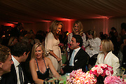KELLY HOPPEN, Cartier Chelsea Flower Show dinner hosted by Arnaud Bamberger. Chelsea Physic Garden. London. 21 May 2007.  -DO NOT ARCHIVE-© Copyright Photograph by Dafydd Jones. 248 Clapham Rd. London SW9 0PZ. Tel 0207 820 0771. www.dafjones.com.