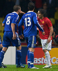 MOSCOW, RUSSIA - Wednesday, May 21, 2008: Manchester United's Carlos Tevez argues with Chelsea's Frank Lampard and Michael Ballack during the UEFA Champions League Final at the Luzhniki Stadium. (Photo by David Rawcliffe/Propaganda)