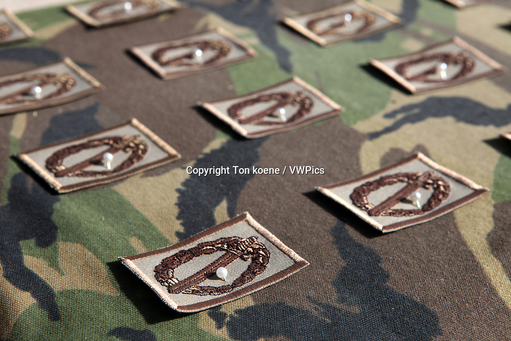 Dutch troops in Uruzgan, Afghanistan receive the NATO medal