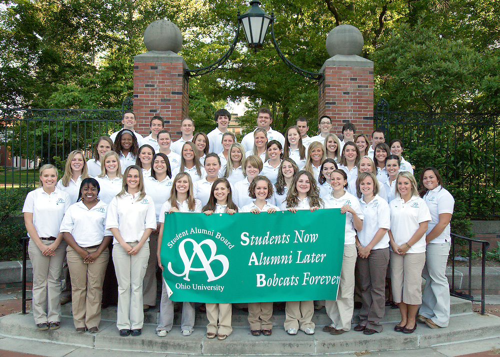 Group photo of Student Alumni Board, photographed on Sunday, 5/13/07.