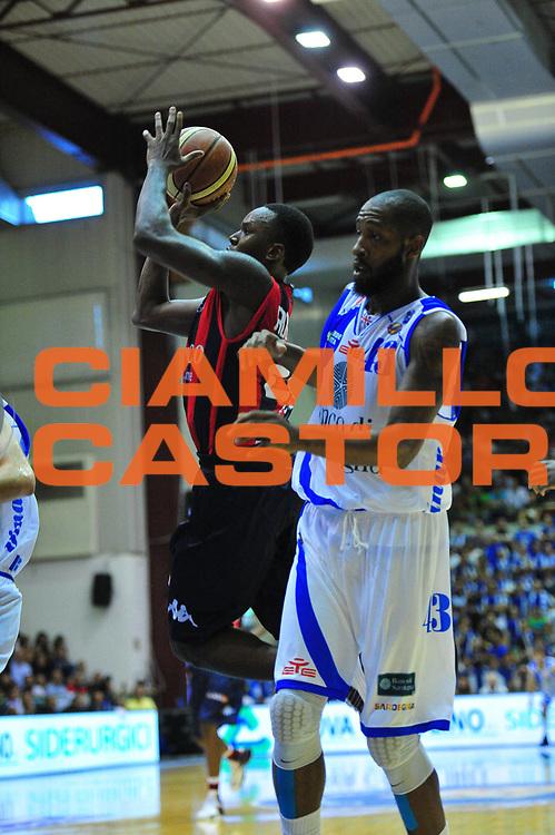 DESCRIZIONE : Sassari Lega A 2012-13 Dinamo Sassari Angelico Biella<br /> GIOCATORE : Robisnon Russel<br /> CATEGORIA : Tiro<br /> SQUADRA : Angelico Biella<br /> EVENTO : Campionato Lega A 2012-2013 <br /> GARA : Dinamo Sassari Angelico Biella<br /> DATA : 30/09/2012<br /> SPORT : Pallacanestro <br /> AUTORE : Agenzia Ciamillo-Castoria/M.Turrini<br /> Galleria : Lega Basket A 2012-2013  <br /> Fotonotizia : Sassari Lega A 2012-13 Dinamo Sassari Angelico Biella<br /> Predefinita :