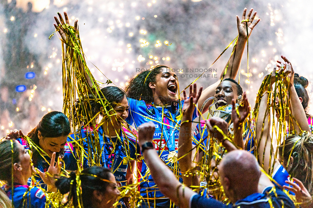 18-05-2019 GER: CEV CL Super Finals Igor Gorgonzola Novara - Imoco Volley Conegliano, Berlin<br /> Igor Gorgonzola Novara take women's title! Novara win 3-1 / Letizia Camera #3 of Igor Gorgonzola Novara, Celeste Plak #4 of Igor Gorgonzola Novara, Paola Ogechi Egonu #18 of Igor Gorgonzola Novara, Erblira Bici #13 of Igor Gorgonzola Novara