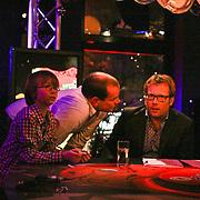 NLD/ENSCHEDE/20121222-SERIOUS REQUEST DAG 5 - patrick Lodiers in gesprek met zijn broer.