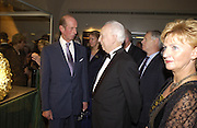 The Duke of Kent and Ferenc Madl, President of the Republic of Hungary, Opening of Hungary's Heritage-Princely Treasures from the Esterhaxy Collection. The Gilbert collection. Somerset House. 25 October 2004. ONE TIME USE ONLY - DO NOT ARCHIVE  © Copyright Photograph by Dafydd Jones 66 Stockwell Park Rd. London SW9 0DA Tel 020 7733 0108 www.dafjones.com
